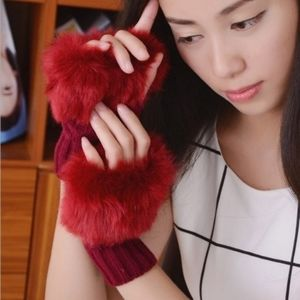 🎅 New! Faux Fur Fingerless Knit Gloves